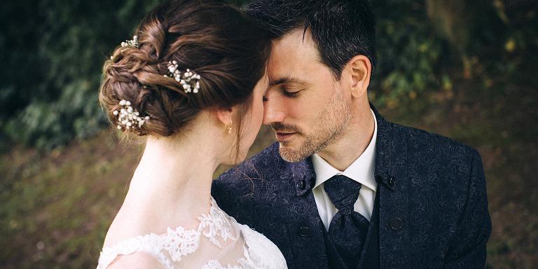 Hochzeitsfotografie, Brautpaar, verliebt, Hochzeit, Emotionen
