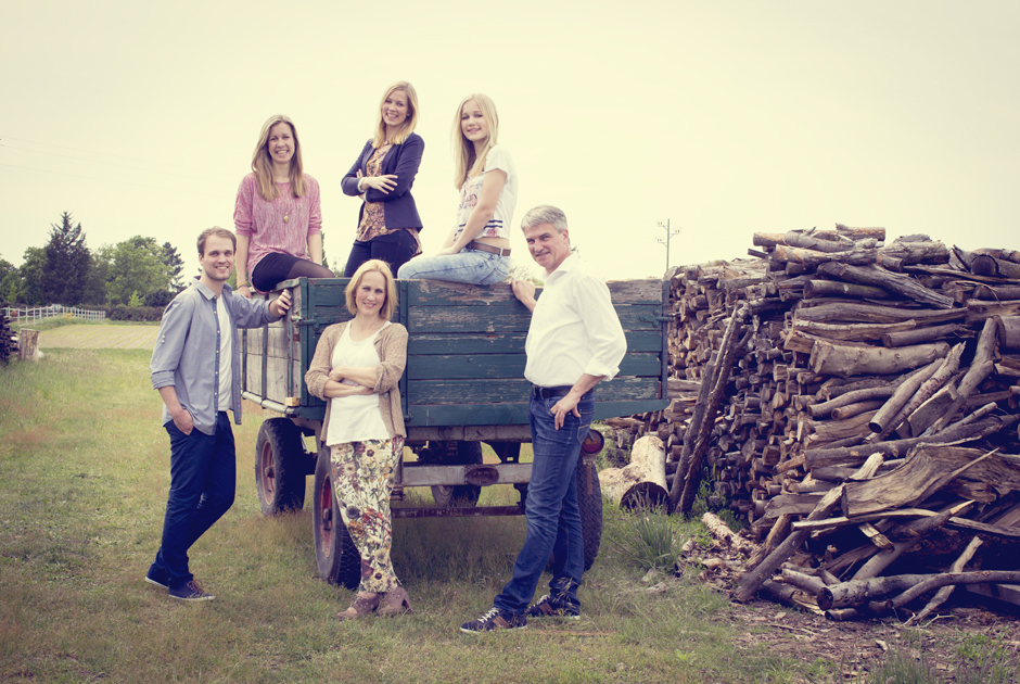familienfotos, familienportraits, familienbilder, st.leon-rot, heidelberg, karlsruhe, mannheim, wiesloch, walldorf, natuerlich, natur, feld, wiese